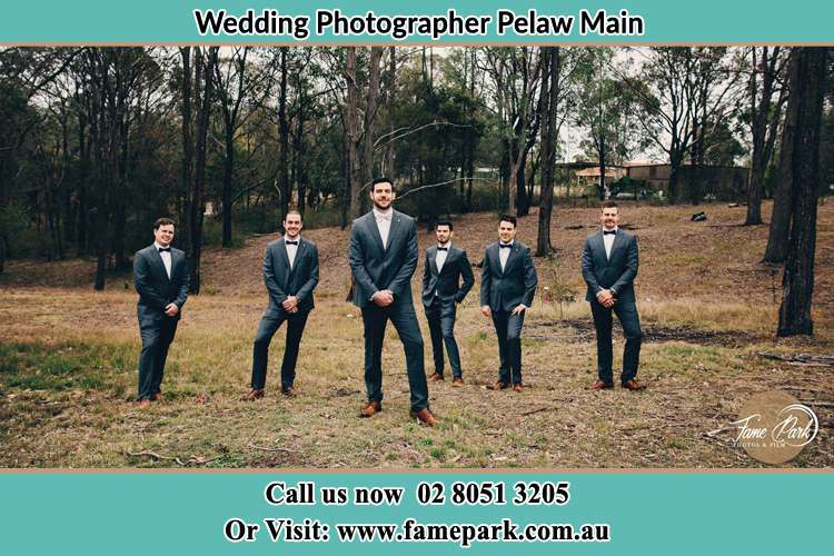 Photo of the Groom with the groomsmen Pelaw Main NSW 2327